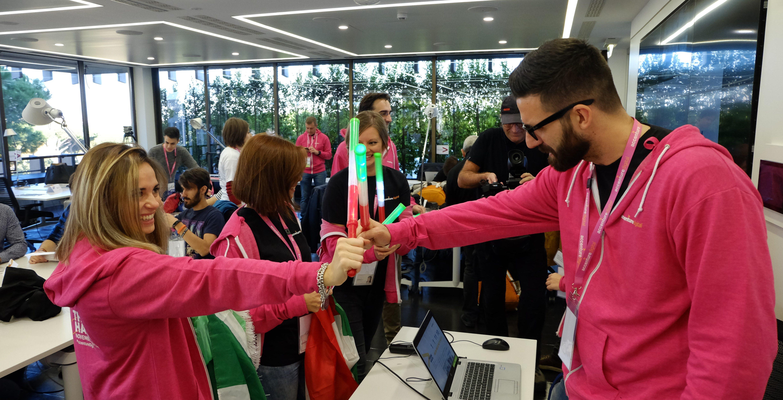 Digital_Hackathon_Accenture_Social_Reporters (1)